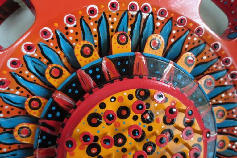 Blooming hubcap