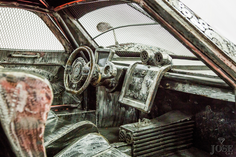 Scrap metal Zonda interior